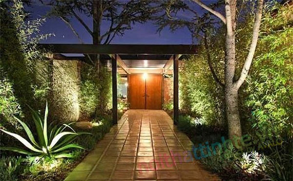 Scarlett Johansson's Los Angeles Home