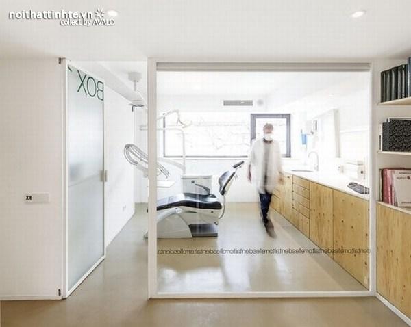 Thiết kế nội thất phòng khám nha khoa ở Torrelles