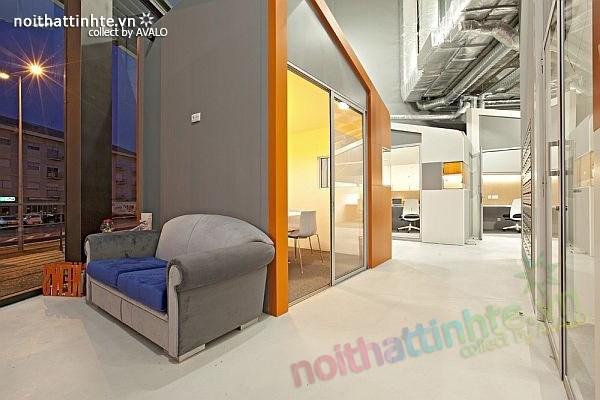 Thiết kế nội thất văn phòng kinh doanh ở Barga