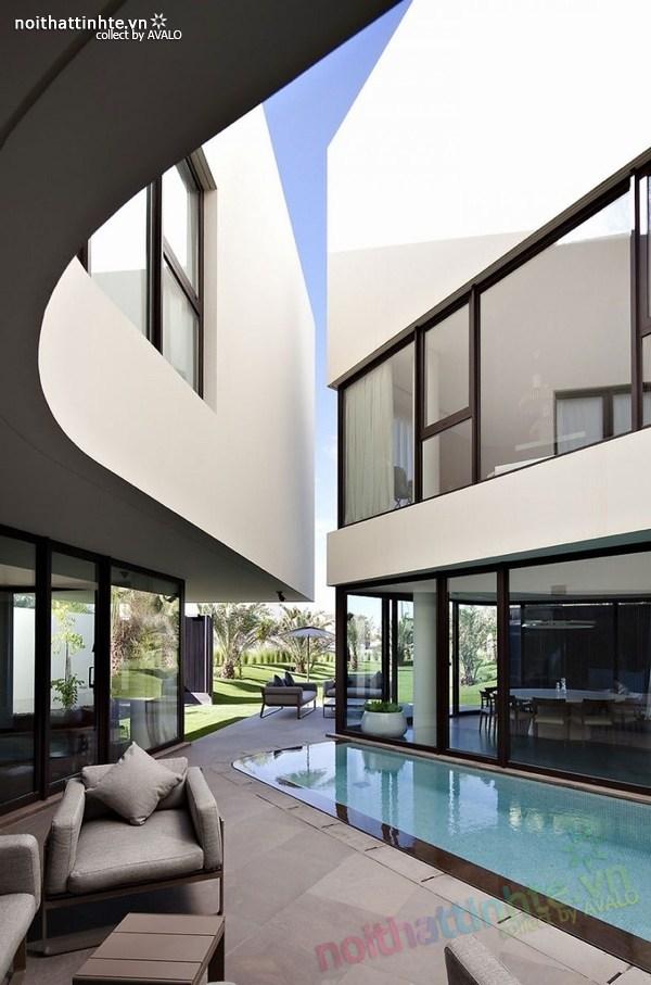 Mẫu nhà đẹp 2 tầng hình tròn ở Kuwait 01