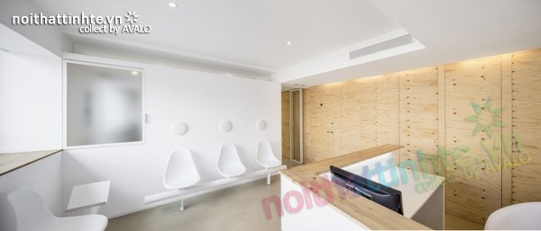 Thiết kế nội thất phòng khám nha khoa ở Torrelles 01