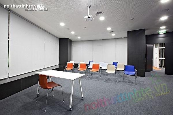 Thiết kế nội thất văn phòng kinh doanh ở Barga 07