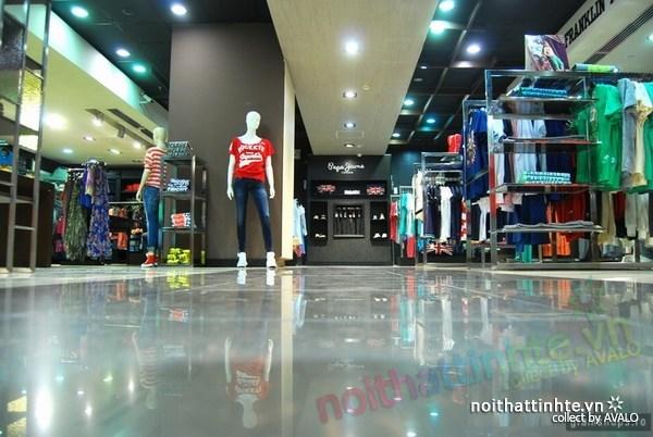 Thiết kế cửa hàng ở Buchdarest 09