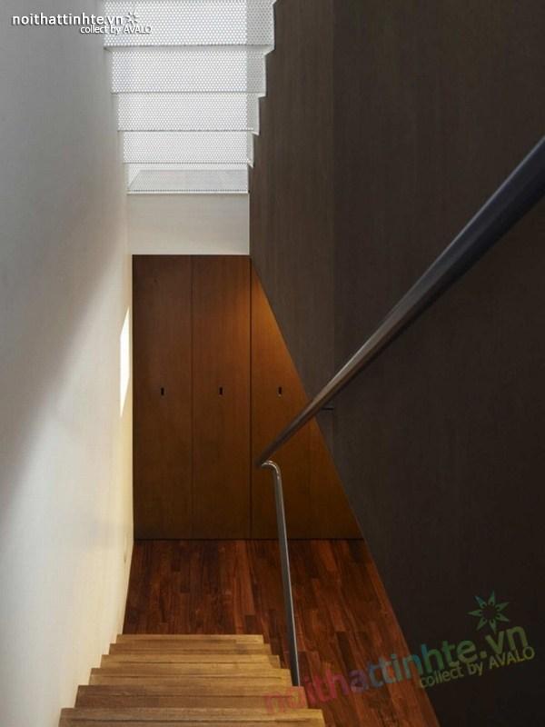 Nhà đẹp 3 tầng màu đen ở Nhật Bản 04