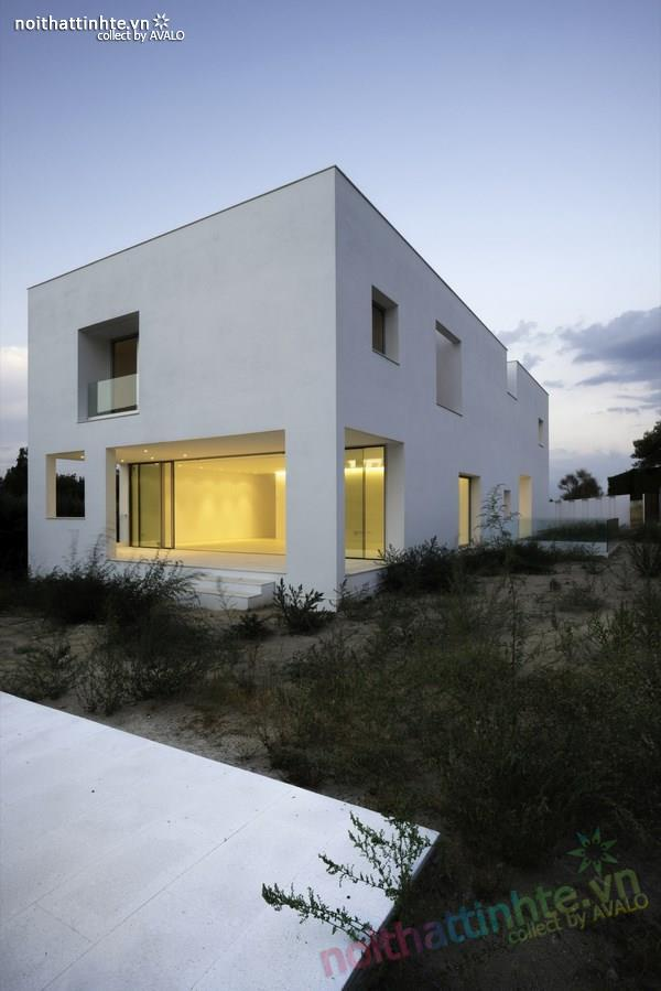 Nhà đẹp 2 tầng với không gian mở ở Tây Ban Nha 05