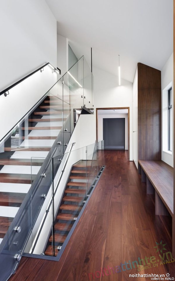 Thiết kế mẫu nhà đẹp 2 tầng ở Montreal Canada 07